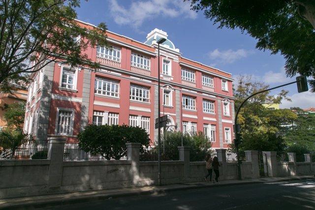 Archivo - Sede de la Consejería de Sanidad del Gobierno de Canarias en Santa Cruz de Tenerife