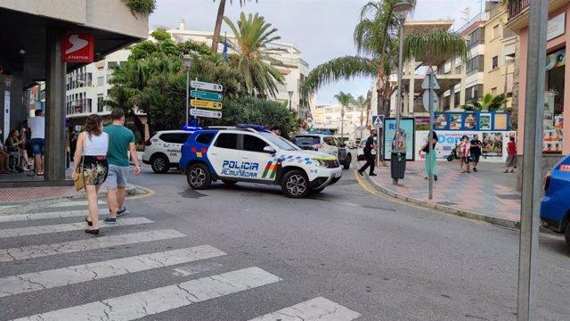 Despliegue de la Policía Local de Almuñécar a cuenta de la agresión