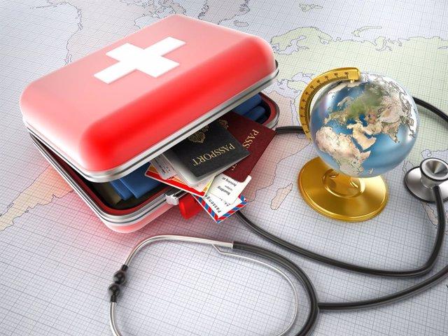 Archivo - Como transportar los medicamentos durante un viaje en verano.