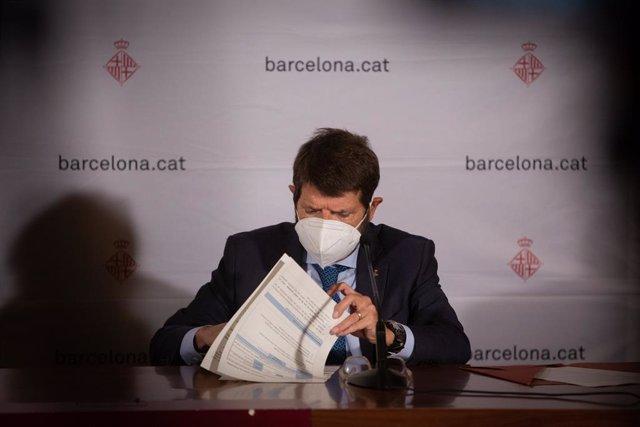 Archivo - Arxivo - El tinent d'alcalde de seguretat de l'Ajuntament de Barcelona, Albert Batlle. Foto d'arxiu.