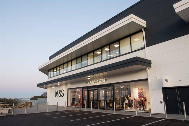 Archivo - Tienda de Marks & Spencer (M&S)