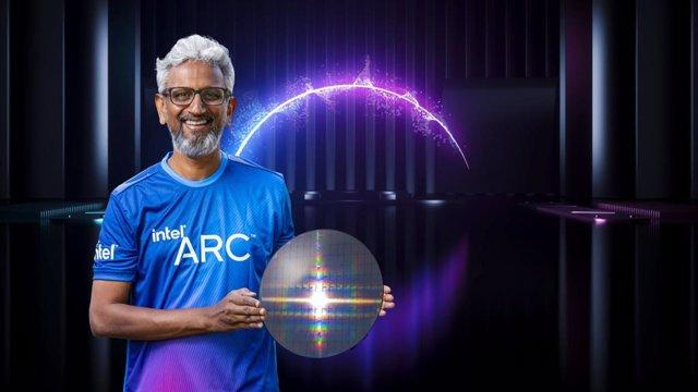Raja Khadouri, vicepresidente senior de Intel, presenta los novedades de la compañía en Intel Arquitecture Day 2021.
