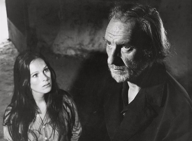 Fernando Férnan Gómez en Ana Y Los Lobos (1972)