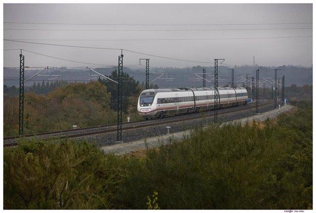 Archivo - Tren Intercity de Renfe.