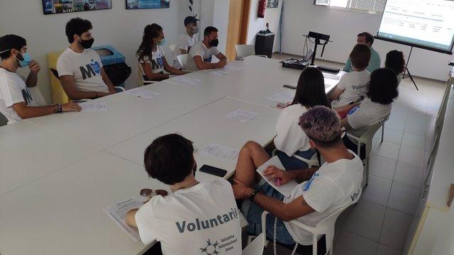 Voluntarios de la Asociación Iniciativa Internacional Joven
