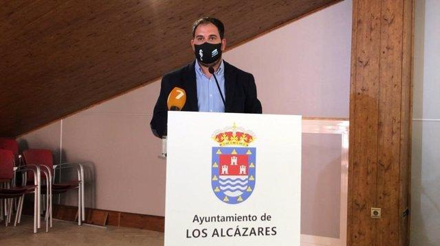 Archivo - El alcalde de  Los Alcázares, Mario Pérez Cervera, en una imagen de archivo