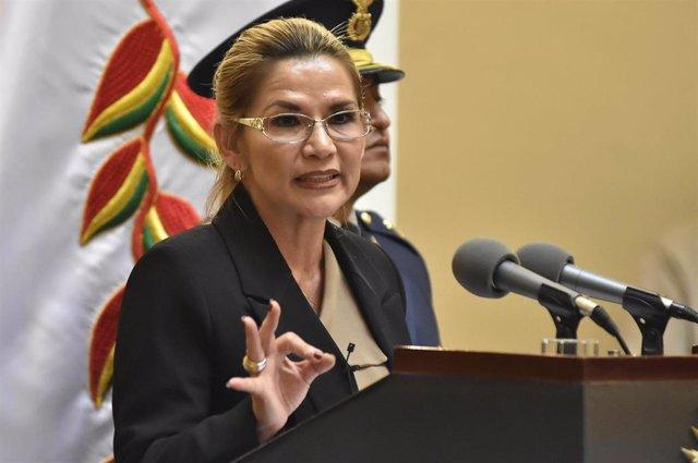 Archivo - La expresidenta boliviana Jeanine Áñez