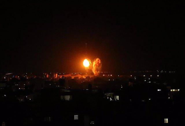 Archivo - Ataque de las Fuerzas de Defensa de Israel en Gaza