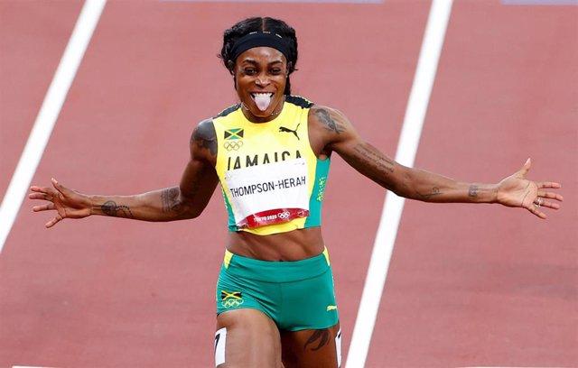La jamaicana Elaine Thompson-Herah celebrando uno de sus oros en los Juegos Olímpicos de Tokio