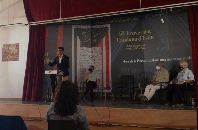 El vicepresidente y conseller de Políticas Digitales y Territorio de la Generalitat, Jordi Puigneró, durante su intervención en la clausura de la Universitat Catalana d'Estiu (UCE).