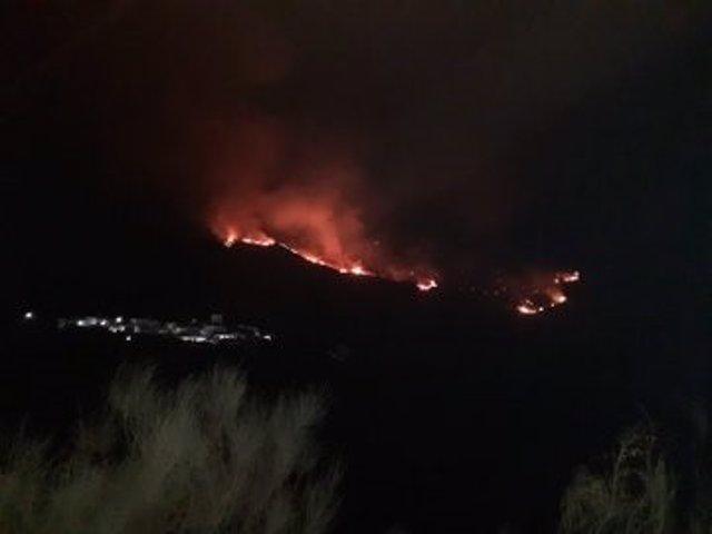 Incendio forestal declarado en Almegíjar, en la provincia de Granada