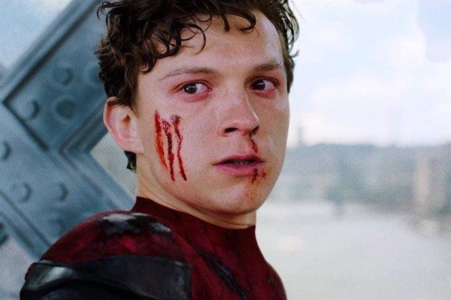 Tráiler de Spider-Man No Way Home: Tom Holland reacciona de forma misteriosa ante la filtración