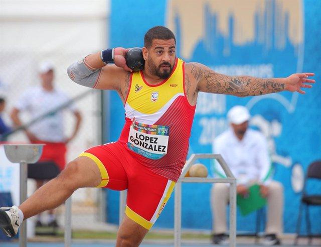 Archivo - El español Kim López en la final de peso F12 (deportistas con discapacidad visual) del Campeonato del Mundo paralímpico de Dubái