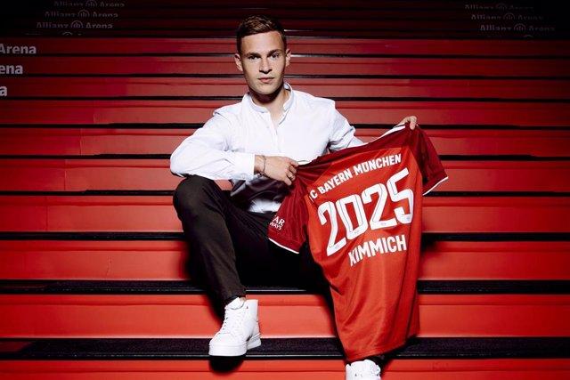 El jugador alemán Joshua Kimmich renueva con el Bayern de Múnich hasta 2025