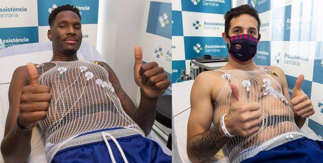 Los jugadores del Barça de baloncesto Nigel Hayes y Nico Laprovittola pasan la revisión médica en la pretemporada 2021