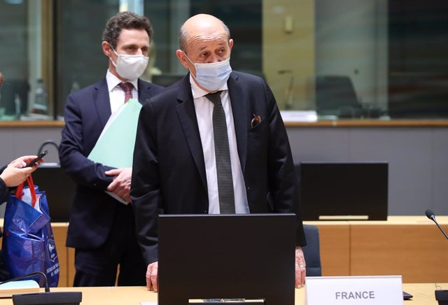 Archivo - HANDOUT - 12 July 2021, Belgium, Brussels: French Foreign Minister Jean-Yves Le Drian attends a meeting of the EU Foreign Ministers. Photo: Mario Salerno/EU Council /dpa - ATTENTION: editorial use only and only if the credit mentioned above is r