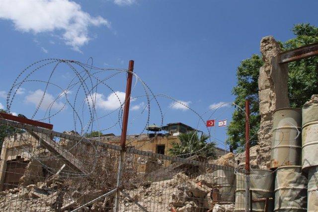 Archivo - La Línea Verde que separa la República de Chipre de la República Turca del Norte de Chipre