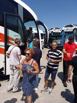Autobuses para la vendimia francesa/Archivo