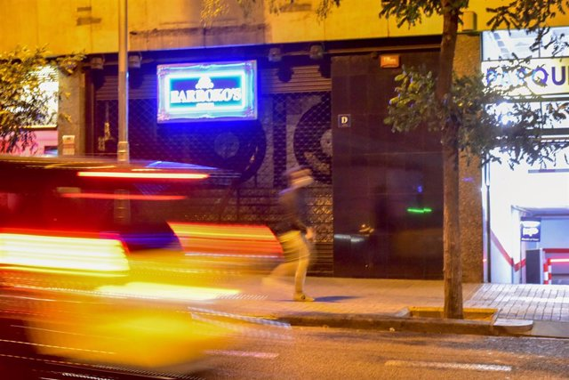 Archivo - Arxiu - Una discoteca tancada a Barcelona, Catalunya