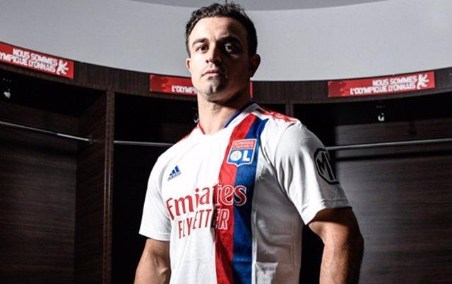 Xherdan Shaqiri firma con el Olympique de Lyon hasta 2024