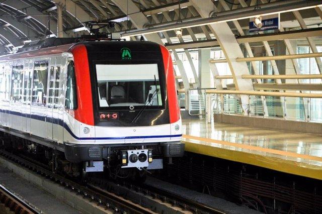 Un metre fabricat per Alstom a Santo Domingo
