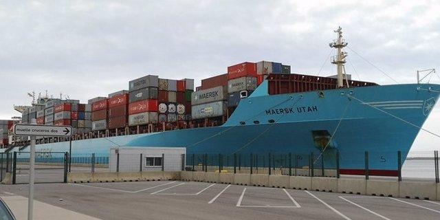 Archivo - El buque 'Maersk Utah' en el Puerto de València