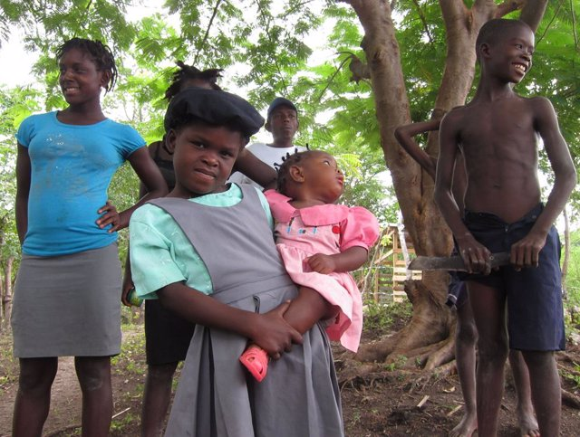 Archivo - Niños Haití