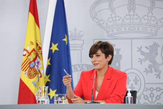 La ministra Portaveu, Isabel Rodríguez, intervé en una roda de premsa posterior al Consell de Ministres, a 24 d'agost de 2021, en La Moncloa, Madrid, (Espanya). Durant la intervenció ha informat dels acords als quals han arribat després de la va reunir