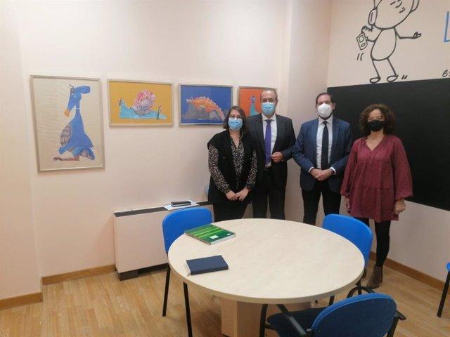 El delegado territorial de Regeneración, Justicia y Administración Local de la Junta en Granada, Enrique Barchino, en el SAVA