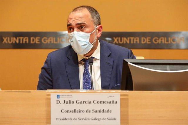 El conselleiro de Sanidade, Julio García Comesaña, en la rueda de prensa posterior al comité clínico