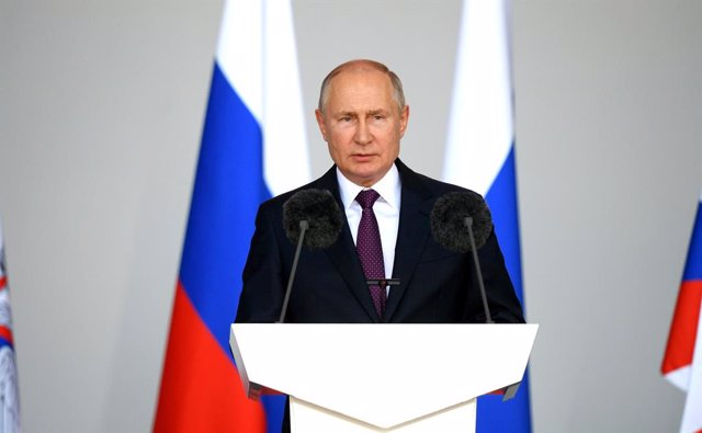 HANDOUT - 23 August 2021, Russia, Alabino: Russian President Vladimir Putin delivers a speech during the opening of the International Military Technical Forum Army-2021. Photo: -/Kremlin/dpa - ATTENTION: editorial use only and only if the credit mentioned