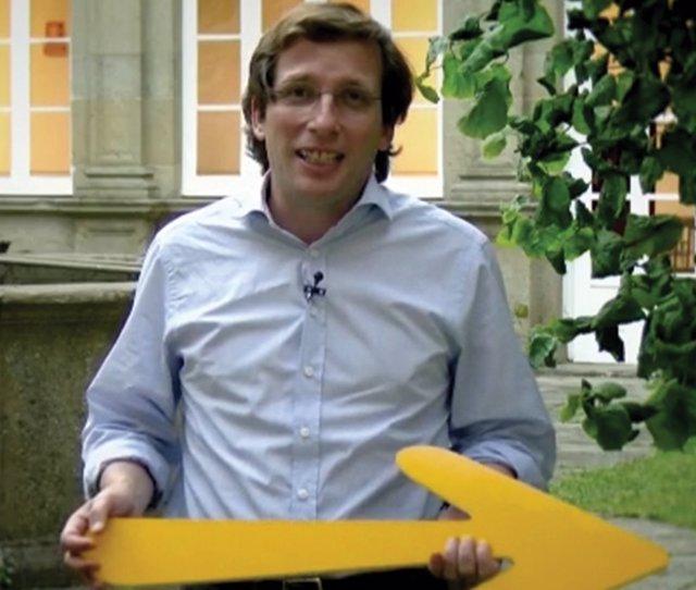 El portavoz del Partido Popular y alcalde de Madrid, José Luis Martínez Almeida, en un vídeo promocional del Camino hecho por el PPdeG