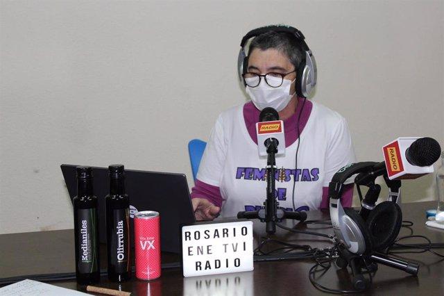 Eñe Radio en Villarrubia de los Ojos estrena 'Ni más más, ni más menos', espacio feminista para informar en igualdad