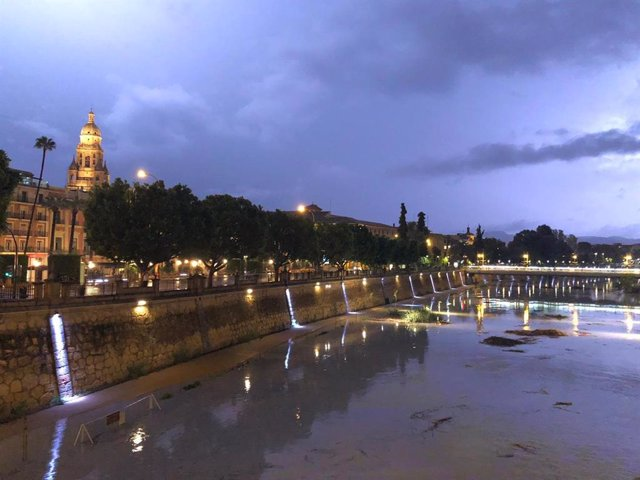 Archivo - Río Segura crecida lluvias, tormentas, DANA Murcia