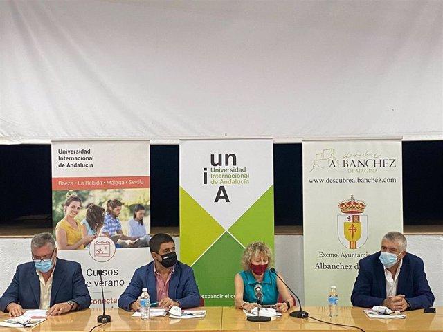El encuentro se ha inaugurado en la localidad jienense de Albanchez de Mágina.