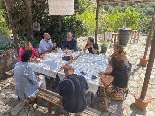 Reunión de trabajo de la Consejería de Turismo y el Ayuntamiento de Almuñécar