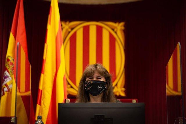 Archivo - La presidenta del Parlament, Laura Borràs, interviene durante un Pleno en el Parlament de Catalunya, a 22 de julio de 2021, en Barcelona, Catalunya (España). La sesión de hoy es una continuación de las de ayer y el martes 20. En el pleno de este