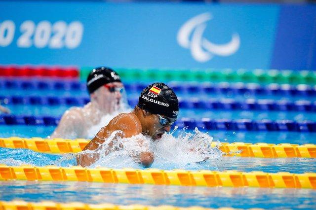 Óscar Salguero durante los 100 braza SB8 de los Juegos Paralímpicos de Tokio