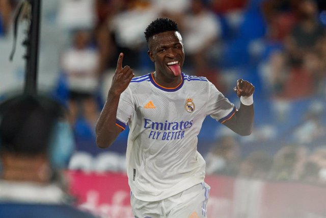22 August 2021, Spain, Valencia: Real Madrid's Vinicius Junior celebrates scoring a goal during the Spanish Primera Division soccer match between Levante UD and Real Madrid CF at Valencia City Stadium. Photo: -/Indira/DAX via ZUMA Press Wire/dpa