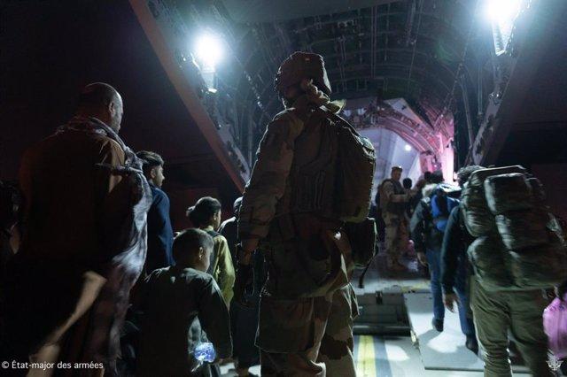 Misión de evacuación de Francia desde el aeropuerto de Kabul.