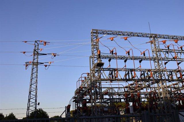 Una central eléctrica, a 21 de agosto de 2021, en Madrid (España).