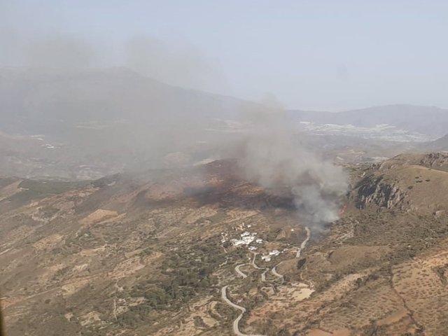 Incendio forestal en Murtas