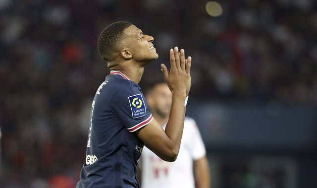 Kylian Mbappe of PSG during the French championship Ligue 1 football match between Paris Saint-Germain and RC Strasbourg on August 14, 2021 at Parc des Princes stadium in Paris, France - Photo Jean Catuffe / DPPI