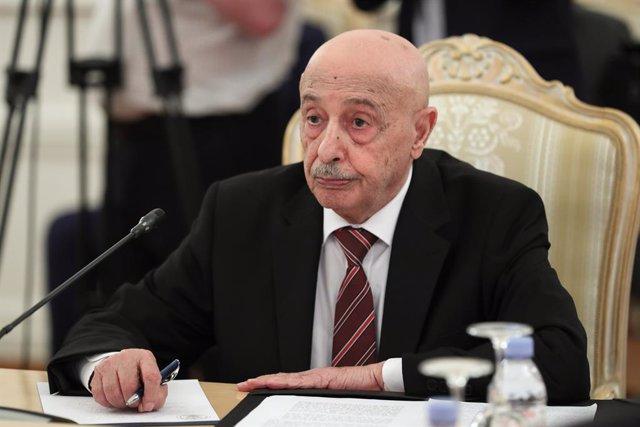 Archivo - El presidente del Parlamento de Libia con sede en el este del país, Aguila Salé