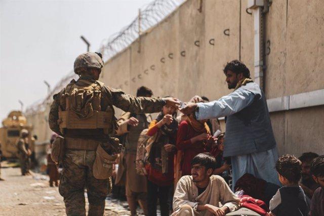 Efectivos de Estados Unidos en el aeropuerto de Kabul
