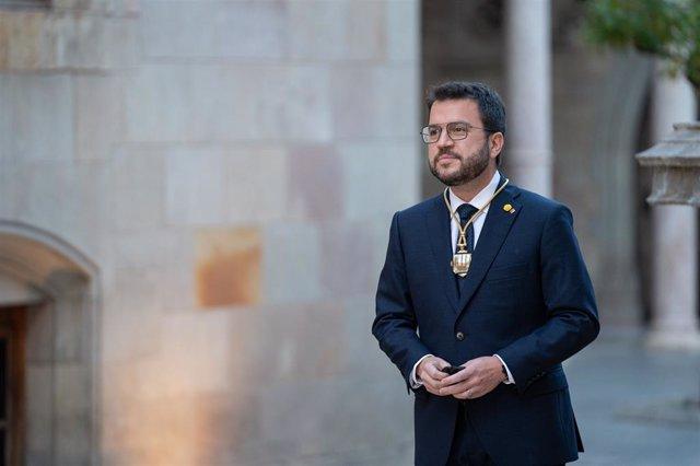 Archivo - Arxiu - El fins ara vicepresident del Govern, Pere Aragonès, pren possessió com 132 president de la Generalitat de Catalunya, en el Pati dels Tarongers del Palau de la Generalitat