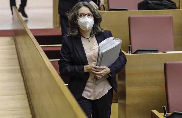 Archivo - La vicepresidenta del Consell y consellera de Políticas de Igualdad, Mónica Oltra