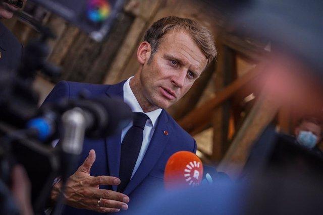 29 August 2021, Iraq, Mosul: French President Emmanuel Macron speaks to media during a tour through the old town of Mosul. Photo: Ismael Adnan/dpa