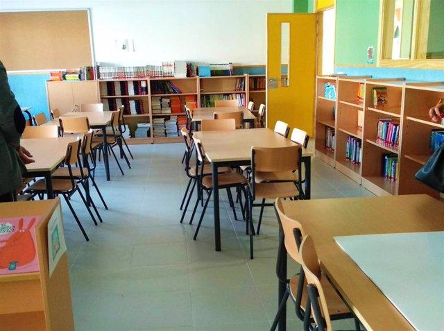 Archivo - Imagen de recurso de un aula de un colegio.