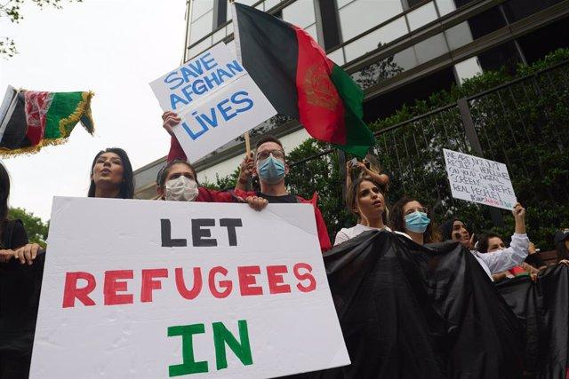 Manifestación en solidaridad con los refugiados afganos en Nueva York